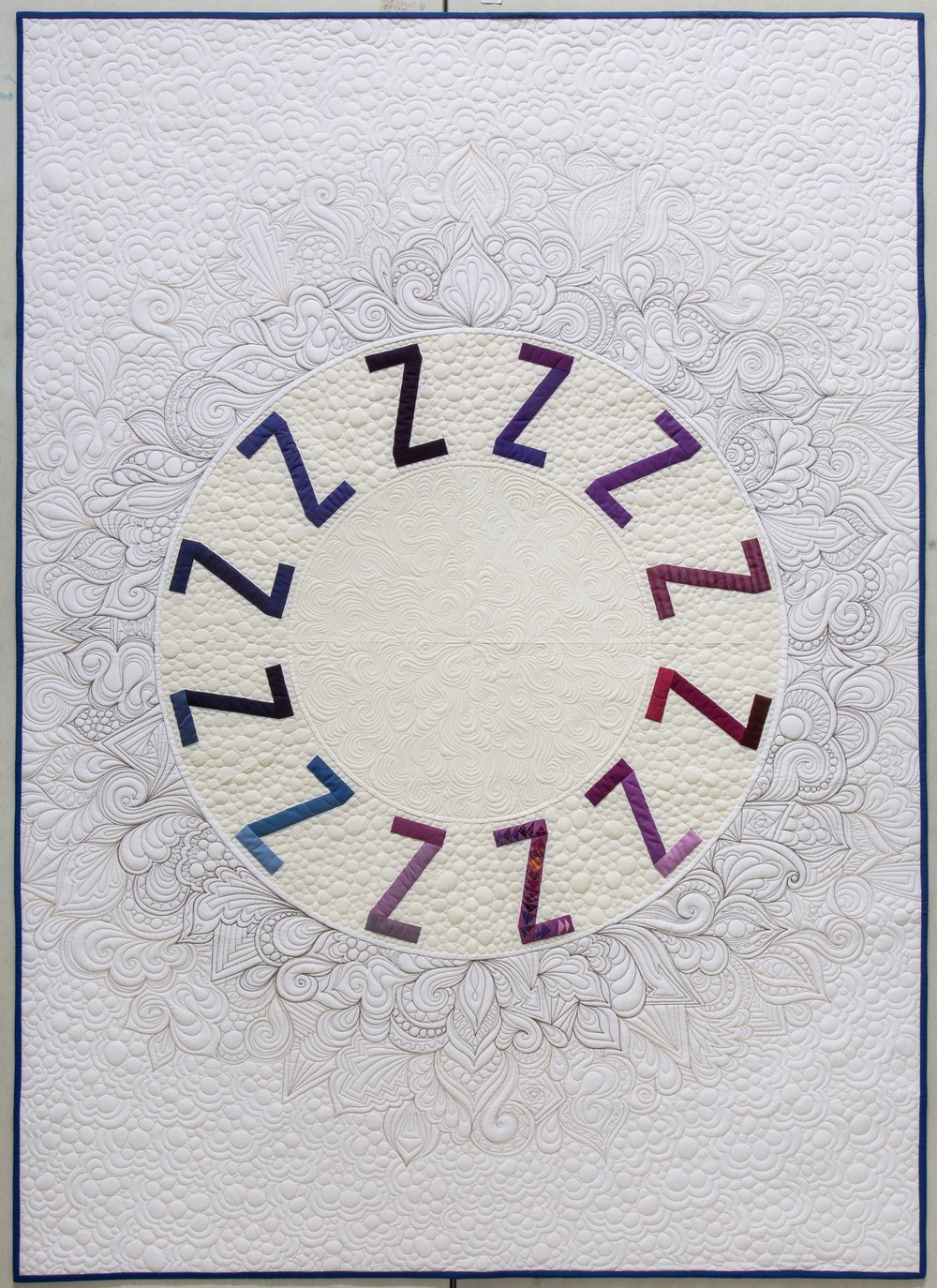 Snooze quilt by Sarah Sharp, quilting by Karlee Porter