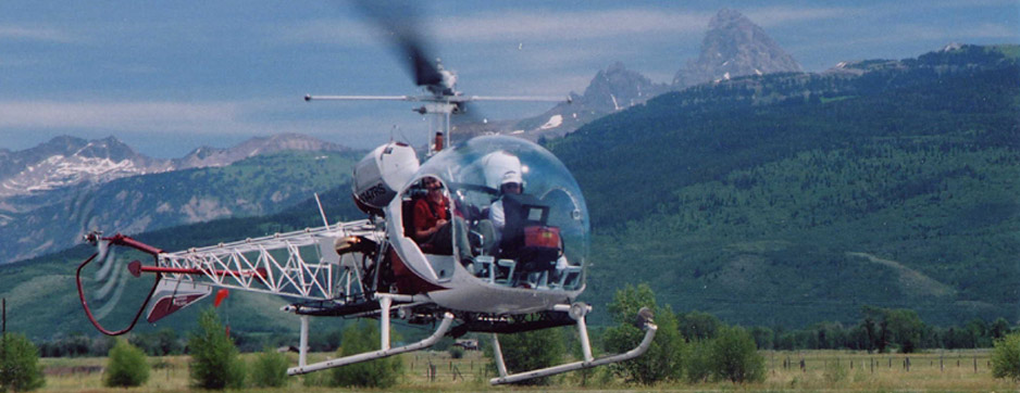 Bell 47 Helicopter