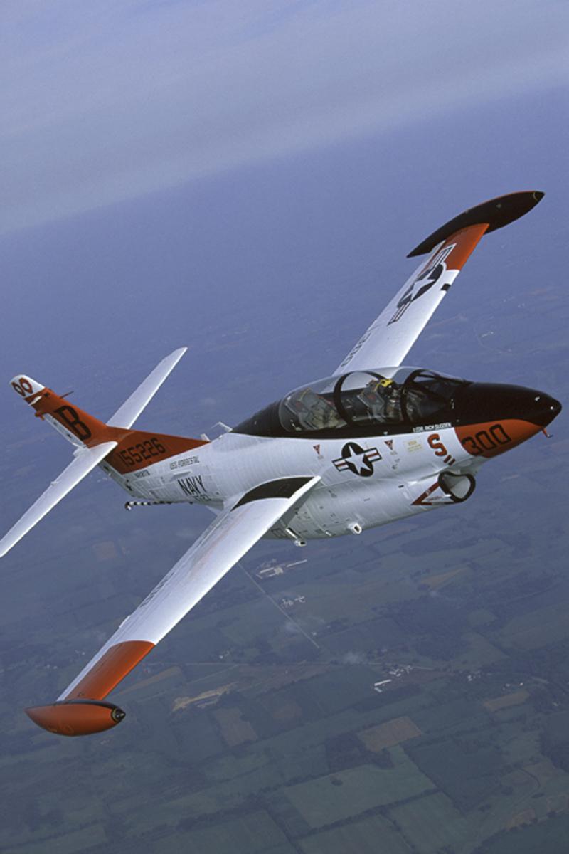 North American T-2 Buckeye flying