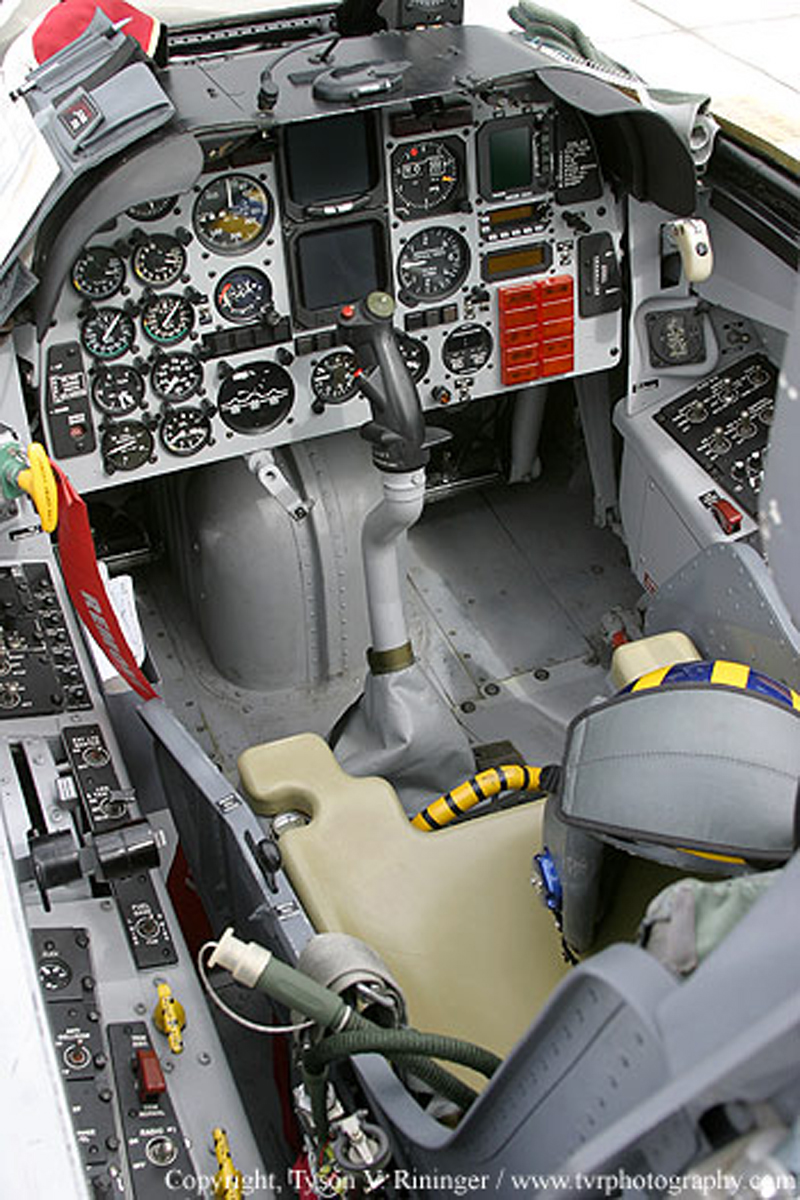 North American T-2 Buckeye cockpit