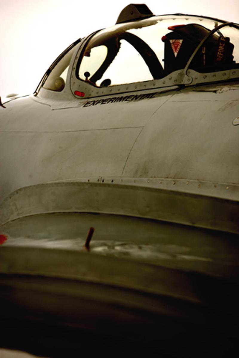 Mikoyan-Gurevich MiG-17 outside cockpit
