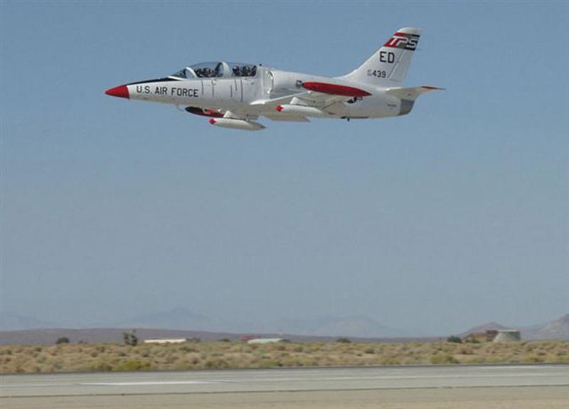 Aero L-39 Albatros fly by