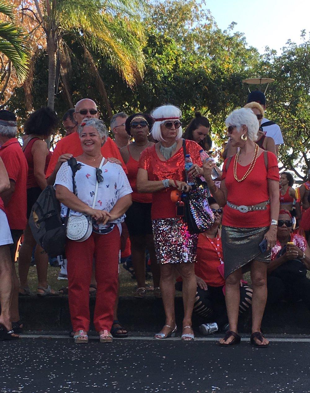 carnaval-spectators-martinique.jpg
