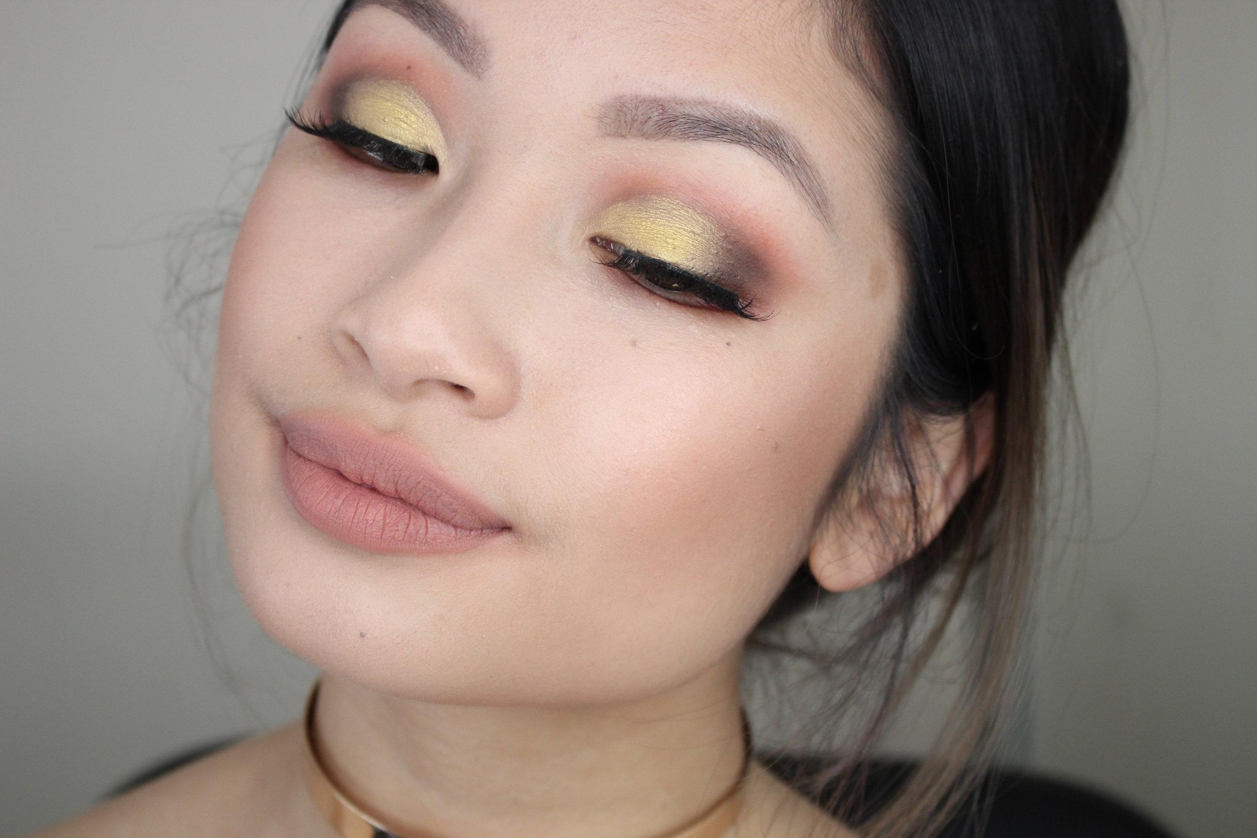 yellow eyeshadow monlid