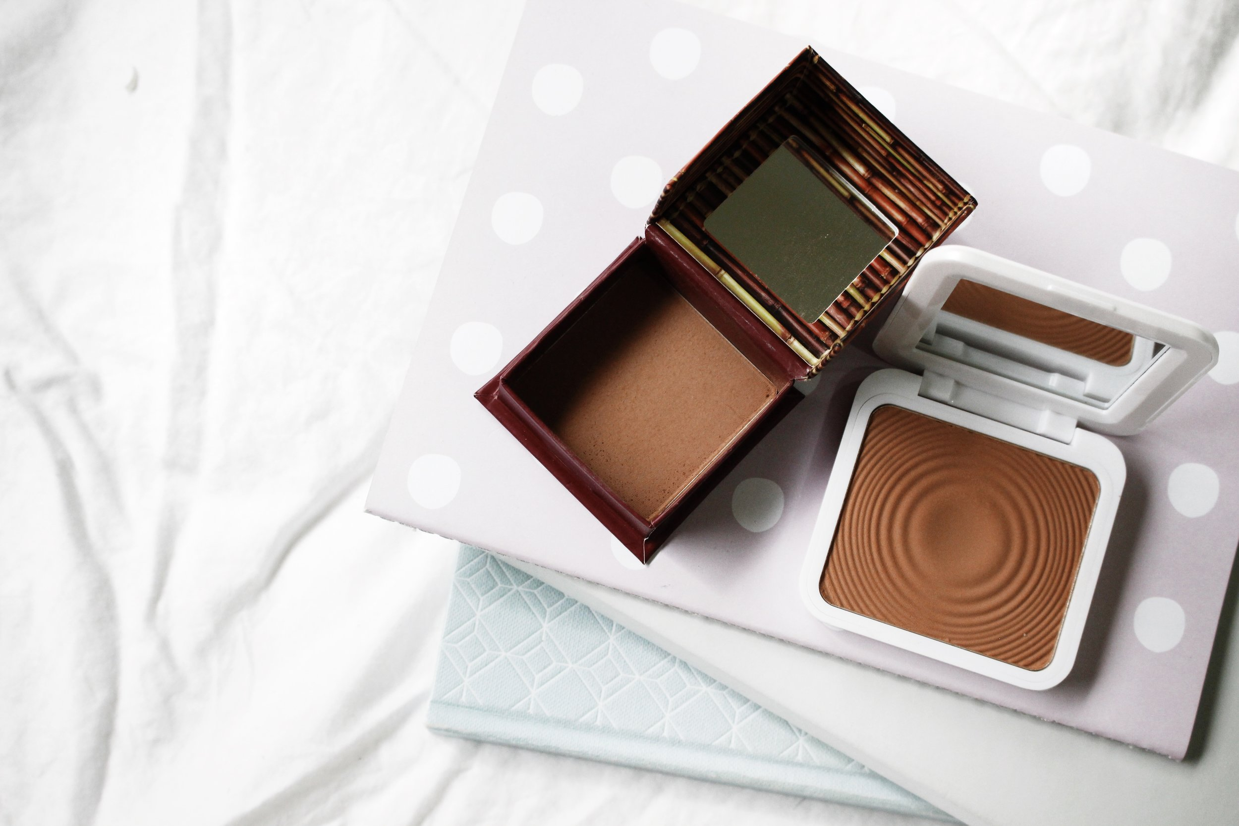 models own bronzer benefit cosmetics hoola bronzer
