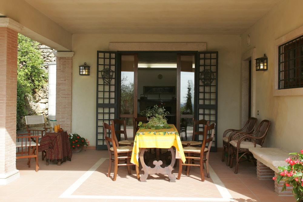 Ulivi.porch1.JPG