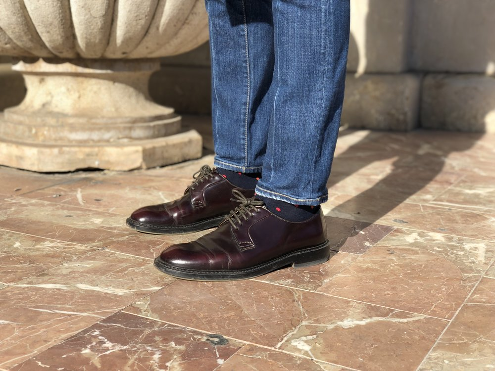 Show 'em some socks… Dsquared2 denim,  Marcoliani  socks,  Doucal's  cordovan derbies.  Photo credit: @LucaMontini