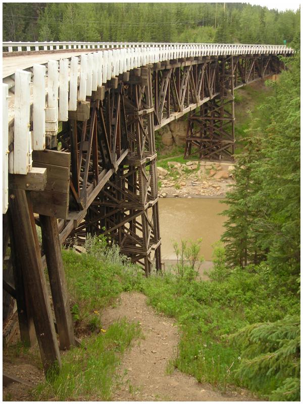 Kiskatinaw curved bridge | Angela Fehr