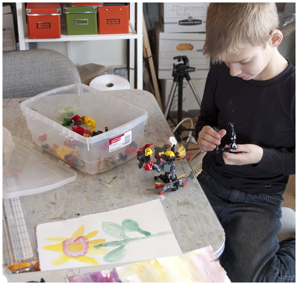 Kids painting in watercolour