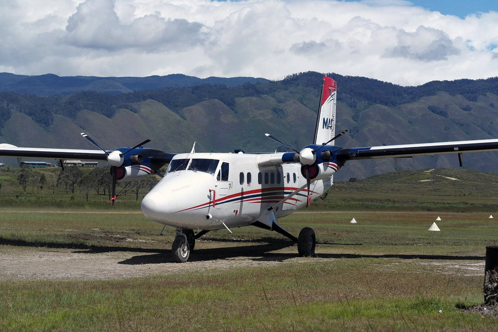 MSN 182 - DHC-6-200 P2-MFU Mission  Aviation Fellowship  Brkmonobrat Photography Photo