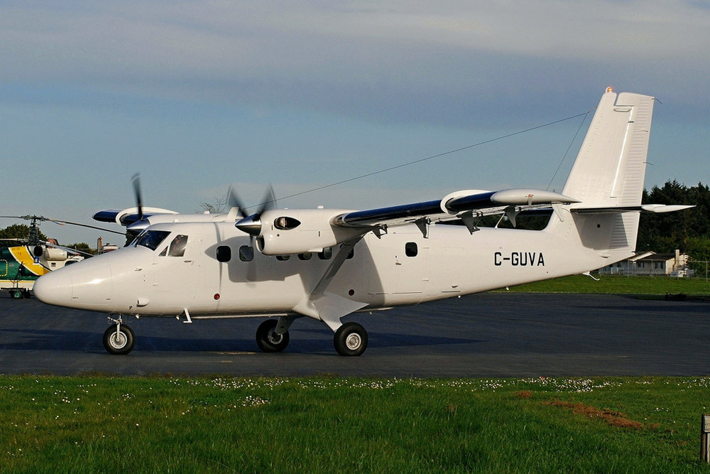 MSN 939 - DHC-6-400 C-GUVA Longview Aviation Asset Management, Victoria, BC  Tim Martin Photo ©
