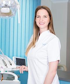 Czink Dóra - Zahnmedizinische Fachangestellte