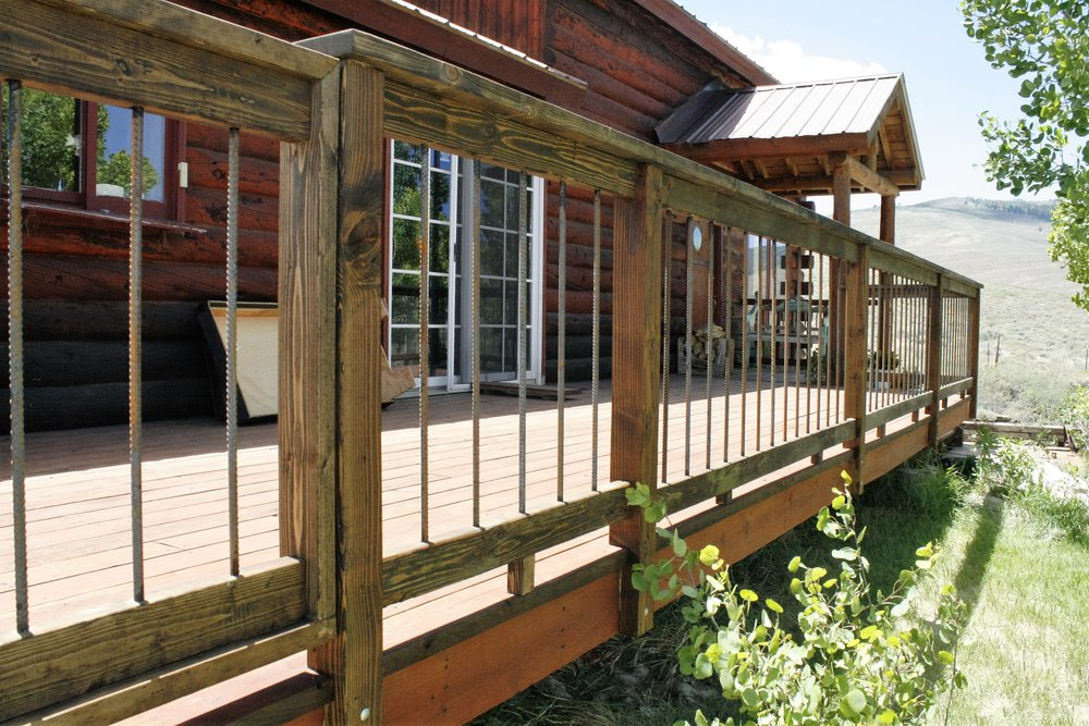 Deck railing with 1/2 inch baulisters