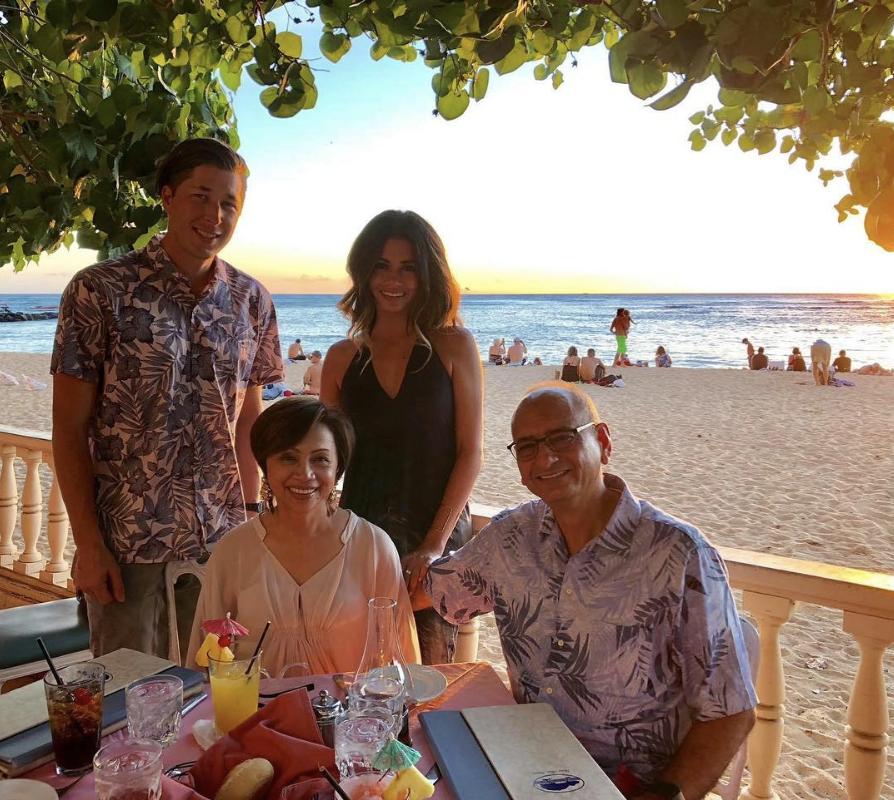 hau-tree-waikiki-hawaii.png