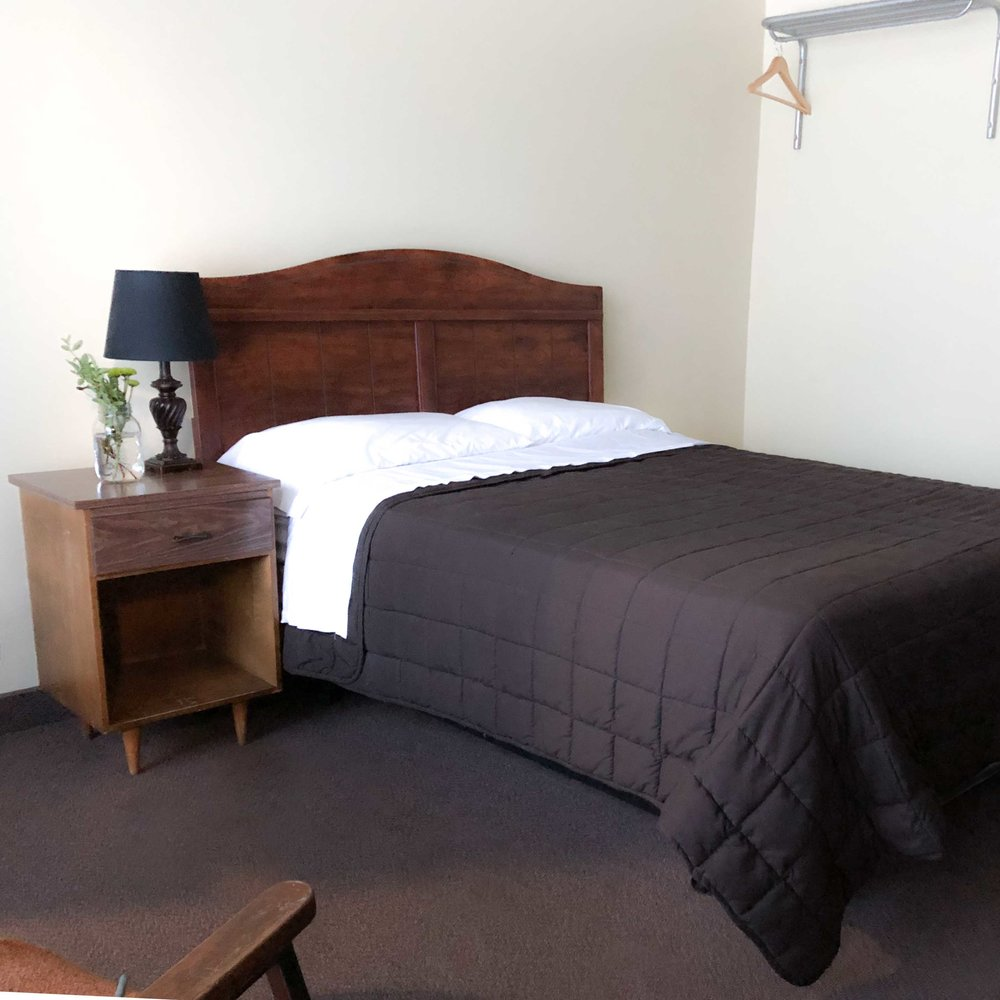 Bayview Fort Frances Double Room.jpg