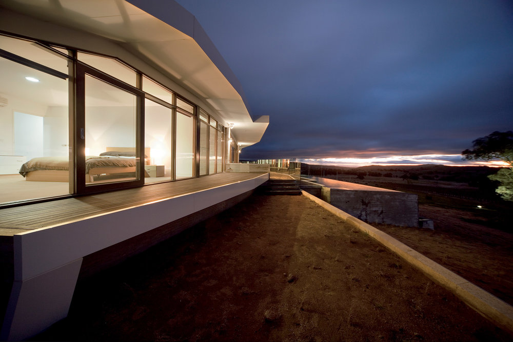 Paul Morgan Architects Avenel House self-sustaining exterior close view