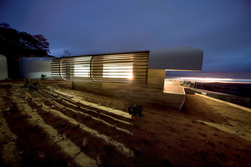 Paul Morgan Architects Avenel House self-sustaining exterior view