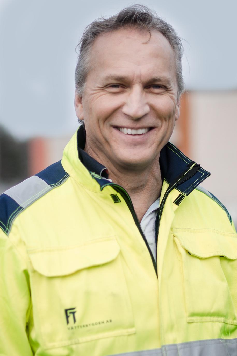Paul Ljungquist - 0708-39 30 30paul@ftvatterbygden.seGrönyte- och fastighetsskötselResursentreprenaderSnöskötsel