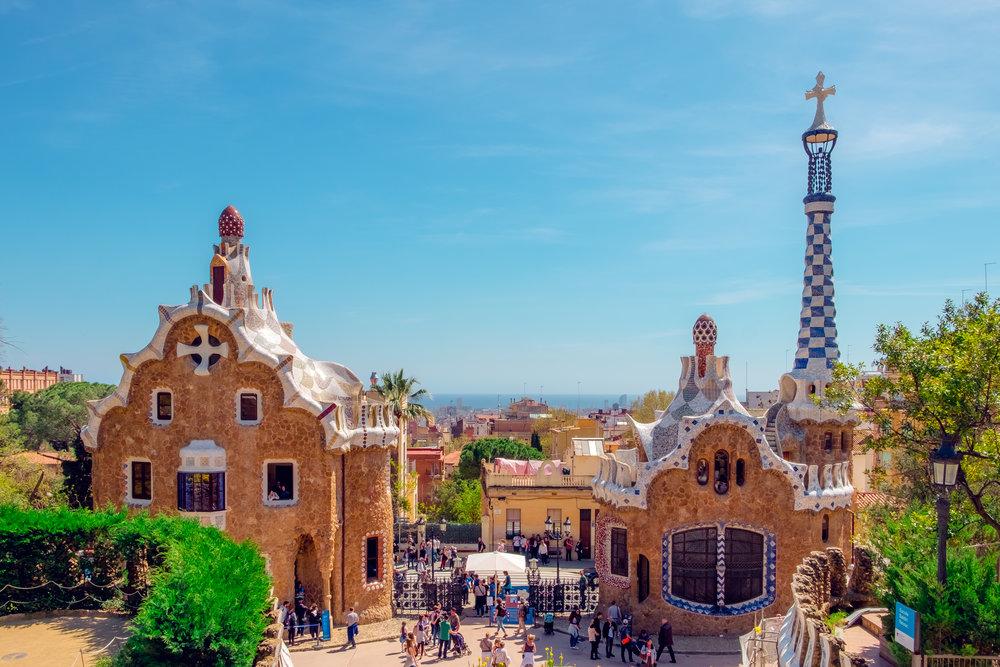 Barcelona - Una de las ciudades más artísticas y hermosas de toda Europa tiene mucho que ofrecer.