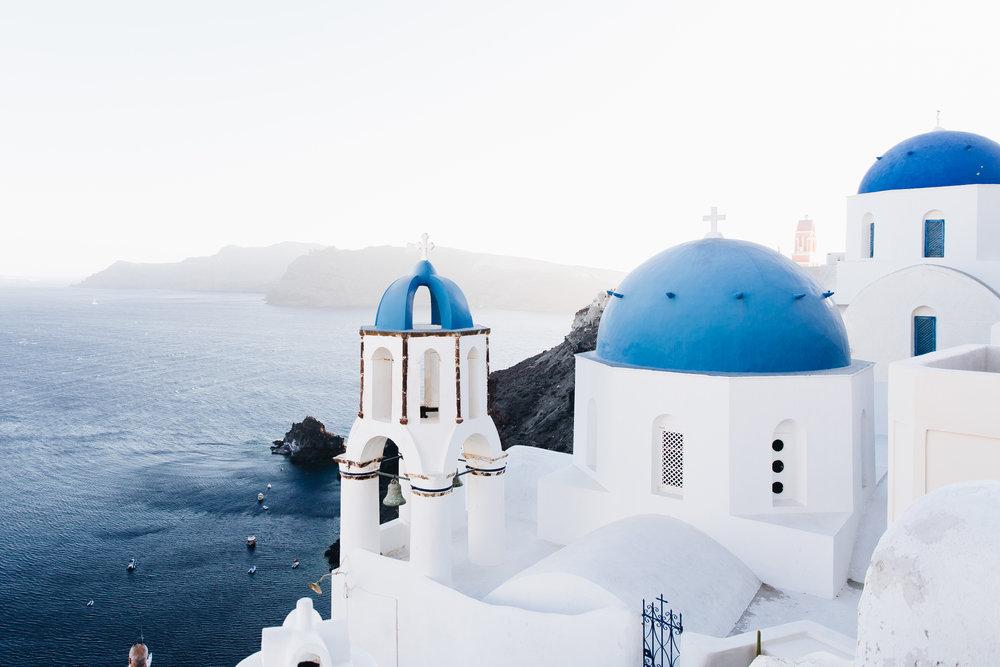 Se te acabó el Windex… - …y necesitas ir a Santorini a buscar agua color Windex.