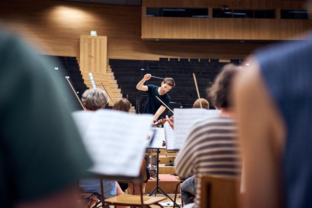 Orchesterprobe__MaximilianHelm_011.jpg