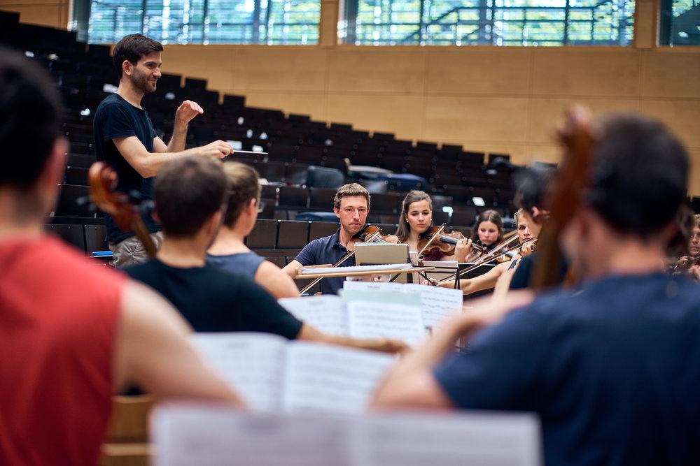 Orchesterprobe__MaximilianHelm_012.jpg