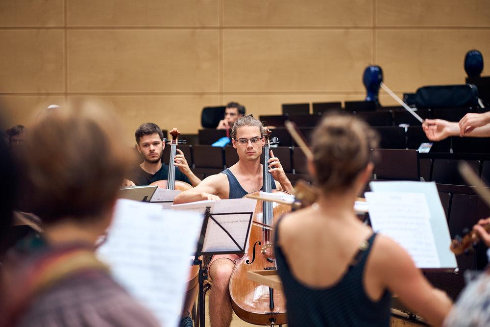 Orchesterprobe__MaximilianHelm_015.jpg