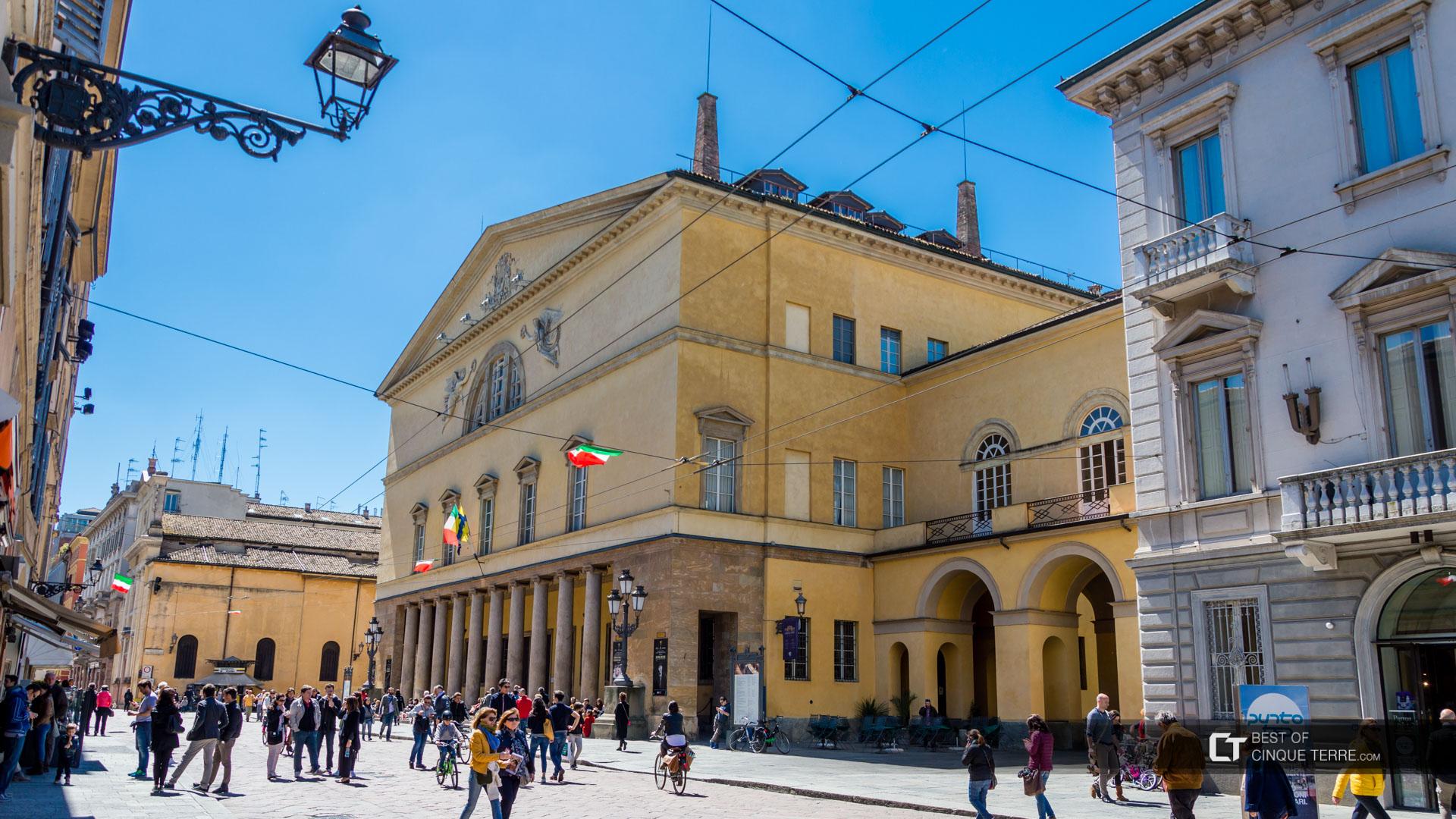 Operahuset Teatro Regio.