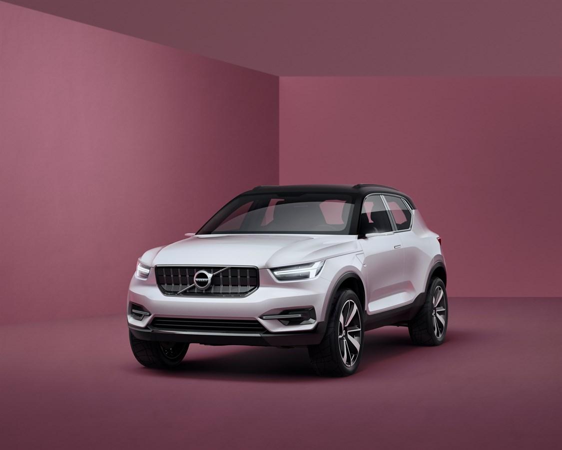 Volvos nya V40 ska börja produceras 2017. En ren elversion kommer först 2019.