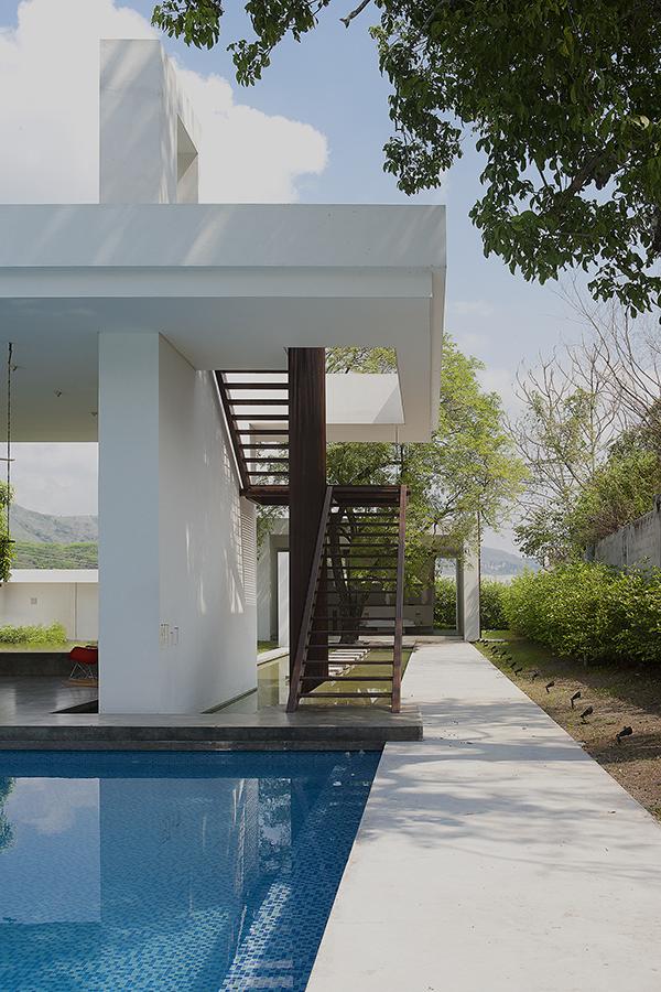 rir-arquitectos-casa-honda-27.jpg