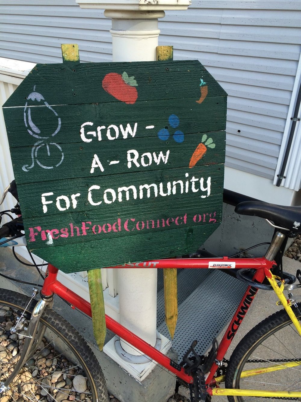 grow-a-row-sign.jpg