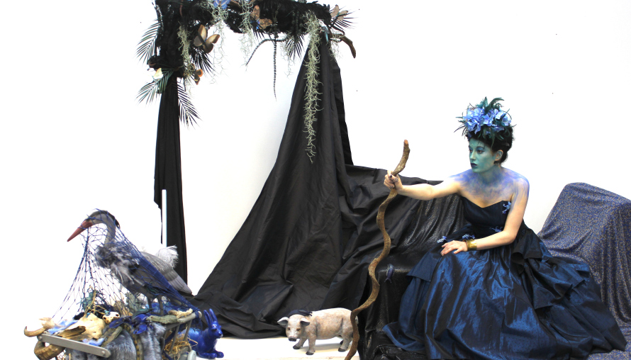 Menagerie in Blue , performed as part of The Big Draw at University of Salford (2015)