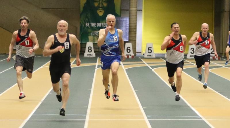 2019 Indoor Chris Niwinski 200m.jpg