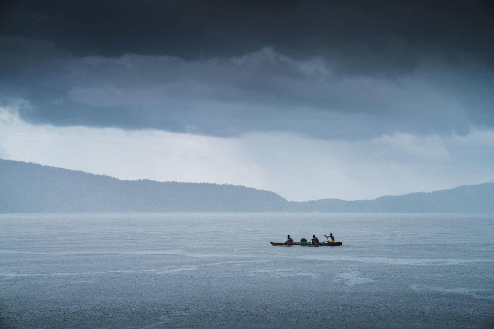 boat-rain_01.jpg