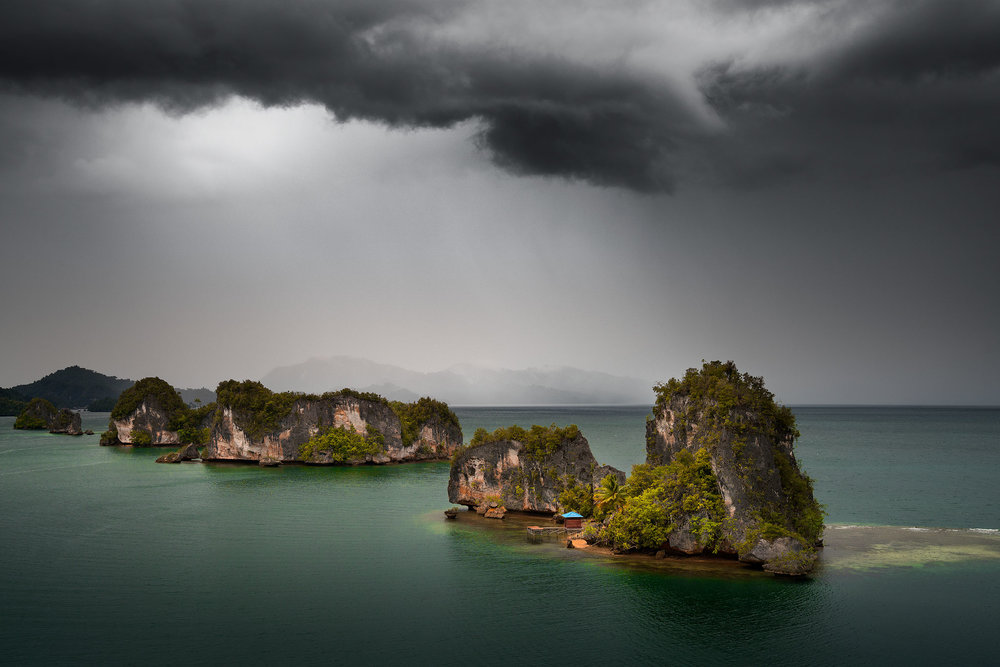 RajaAmpat_Storm_01.jpg
