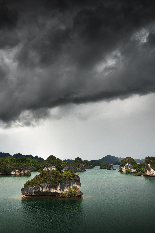 RajaAmpat_Storm_02.jpg