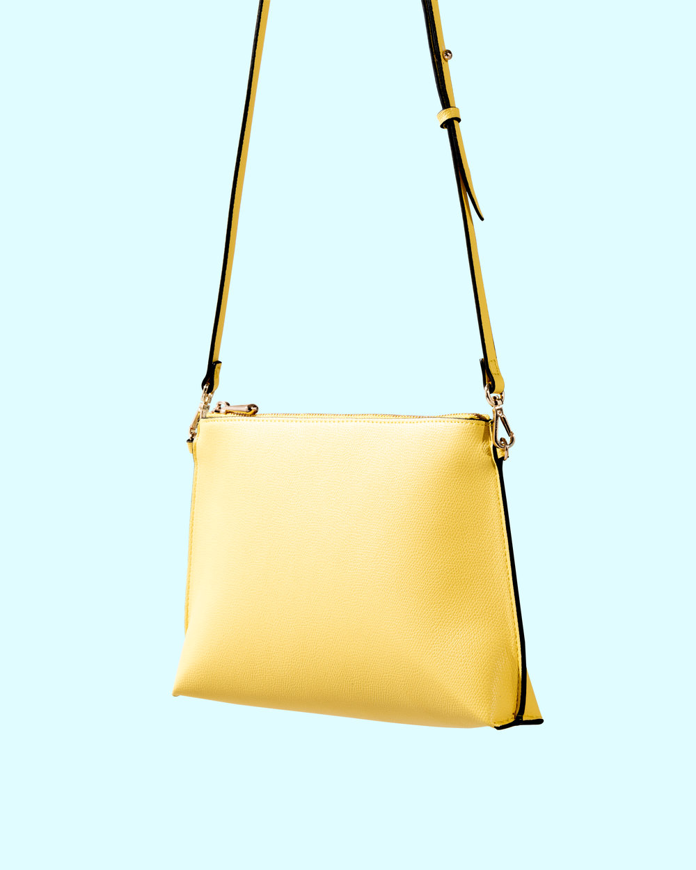 Yellow H&M Purse0056-Edit-Yellow&Blue.jpg