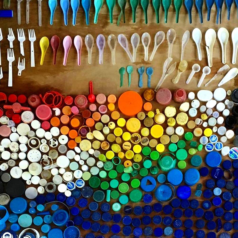 RAINBOWplastic-sorted-by-plastic-type.jpg