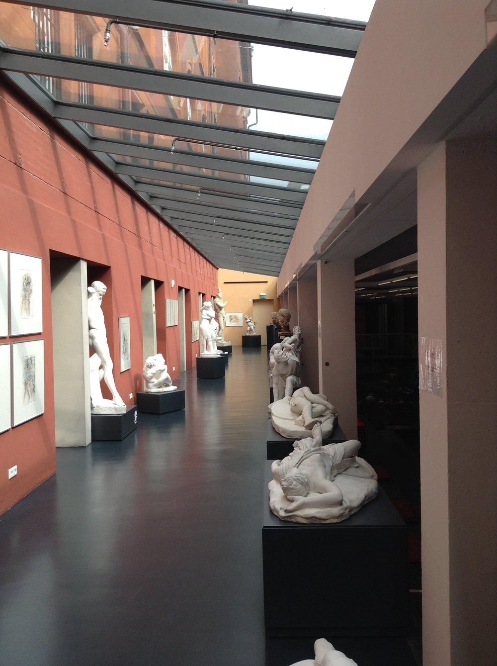"""Ausstellung """"ImPuls - ANTIKE BEWEGT"""" Archäologische Sammlung Freiburg 2017  Foto: Janos Ruf"""