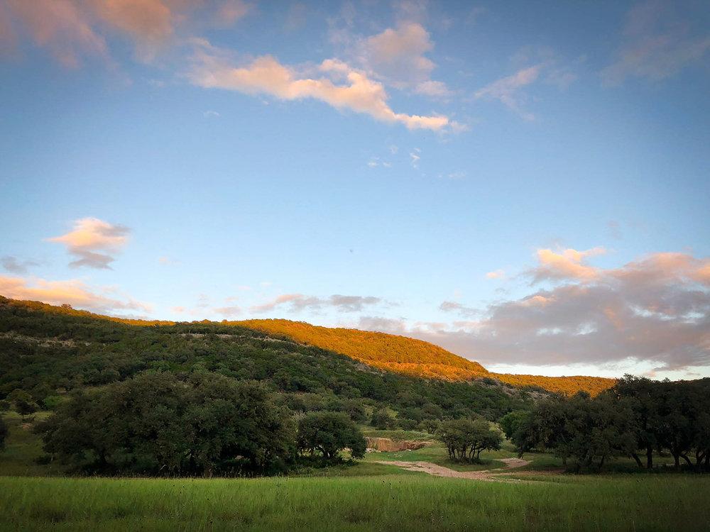Frio_hills_twilight.jpg