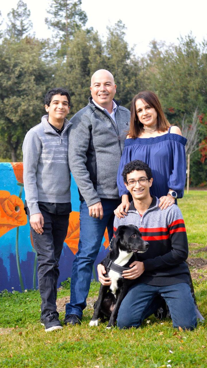 khamis family.jpg