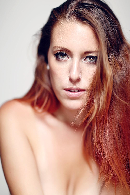 Nina, model