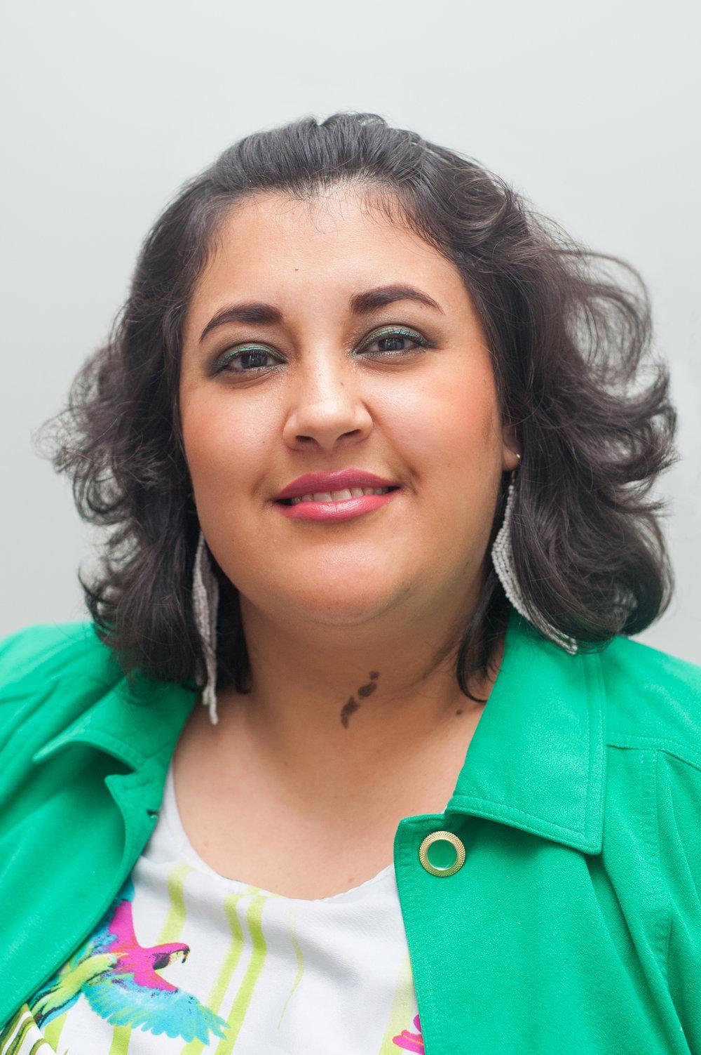Luz Garcia, Asistente Legal