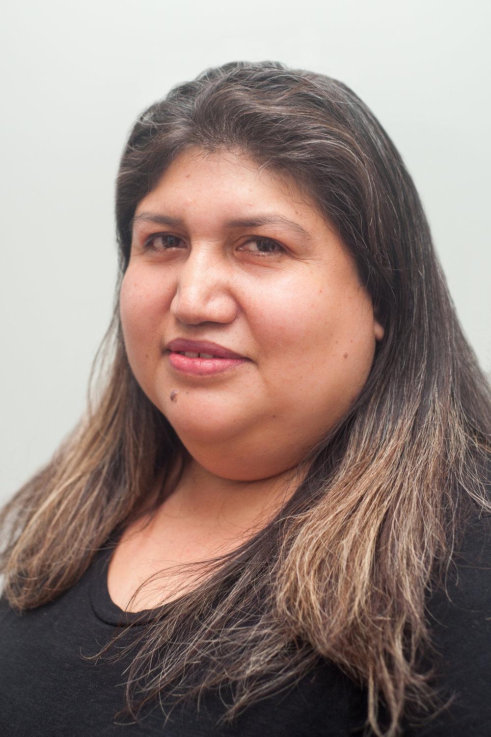 Maria Olalde, Asistente Legal