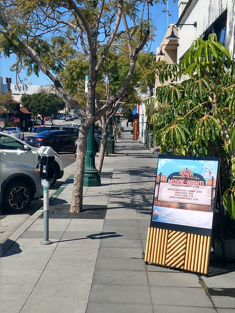 An easy to walk down street in Little Italy, CA. Note the James Coffee sign in the distance…..coffee!