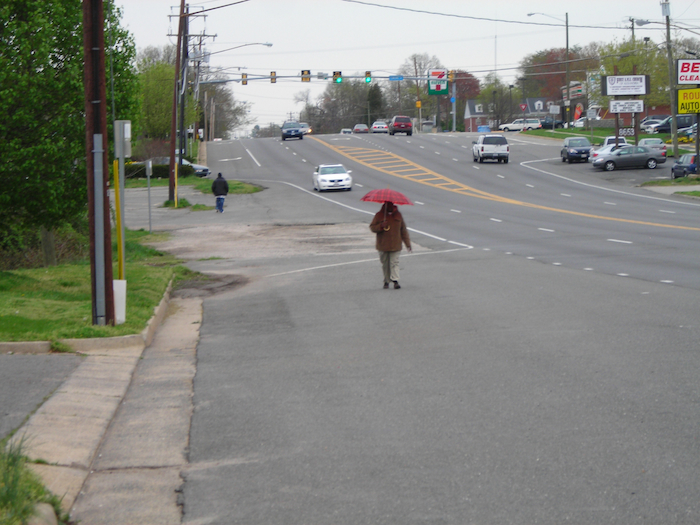 Where are the sidewalks???? Photo by the Rivard Report