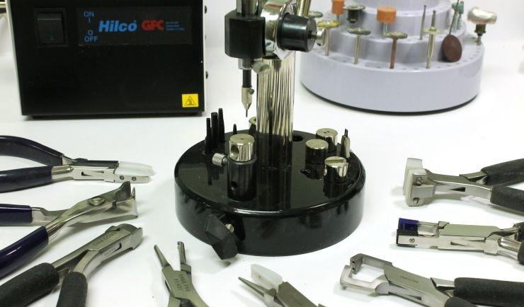 Optical_Repair_Tools.jpg