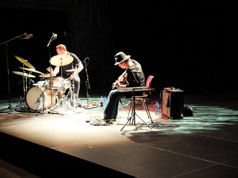 photo by Lasse Marhaug   Paal Nilssen-Love : drums /  Otomo Yoshihide : electric guitar