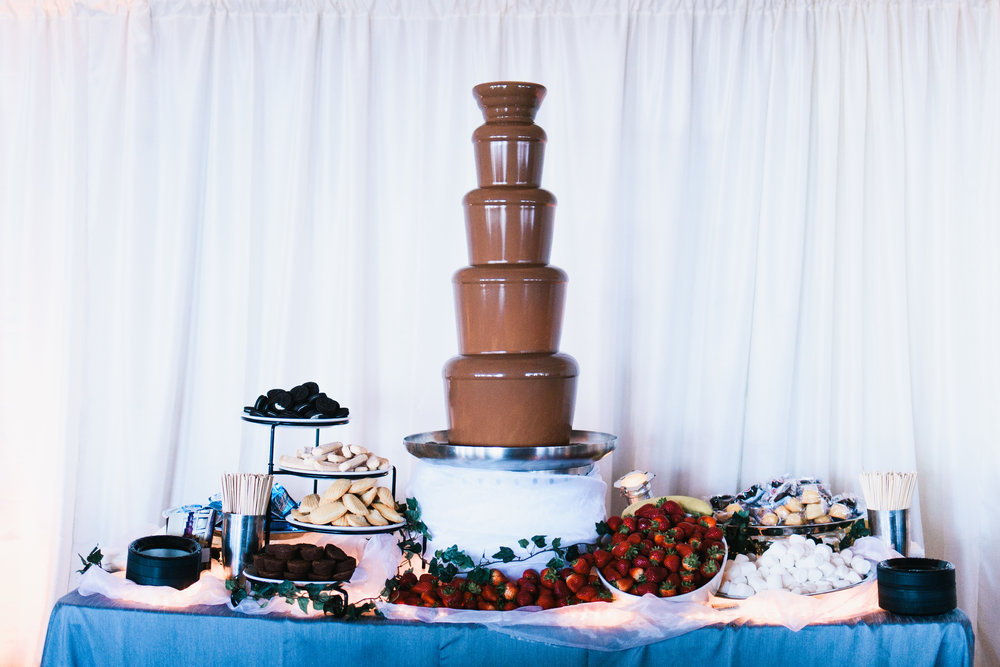 eva and tyler wedding with cluster events desserts.jpg