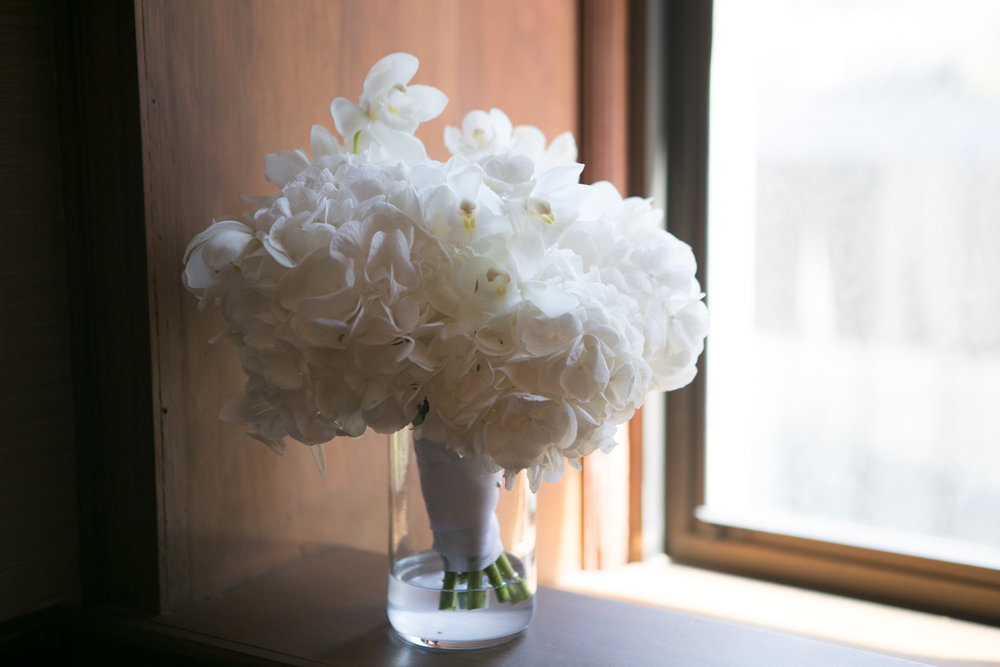 shelby and tyler wedding with cluster events floral again.jpg